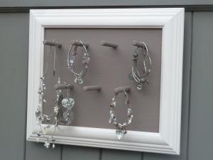 presentoir-cadre-porte-bijoux-patine-rose-et-2019229-p1030220-eabf4_big
